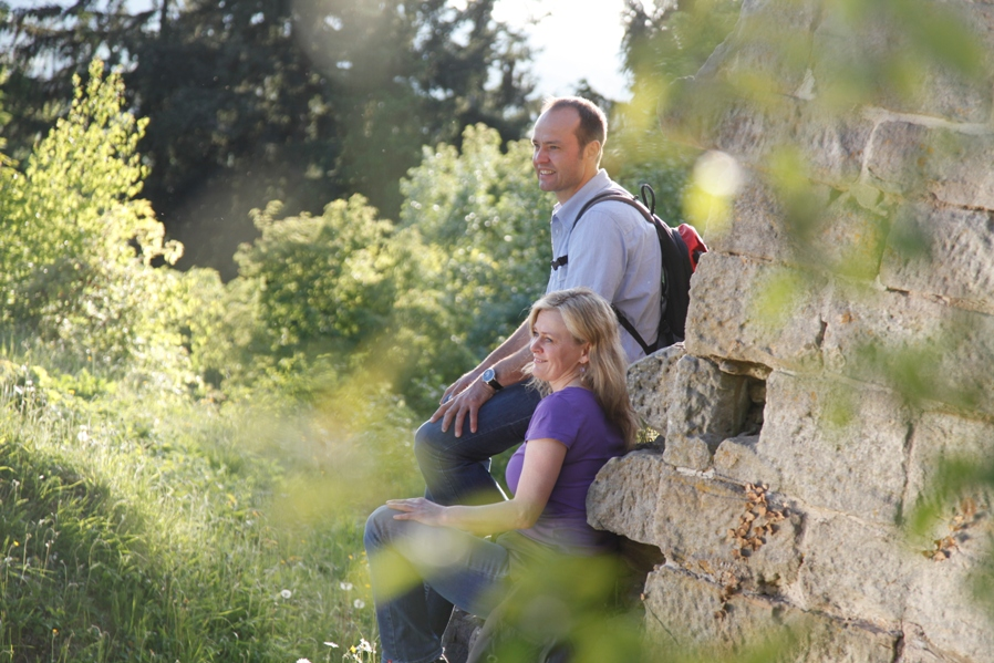 Wandern durch die Hassberge in unberühreter Natur im Landschaftsschutzgebiet wie hier im Deutschen Burgenwinkel