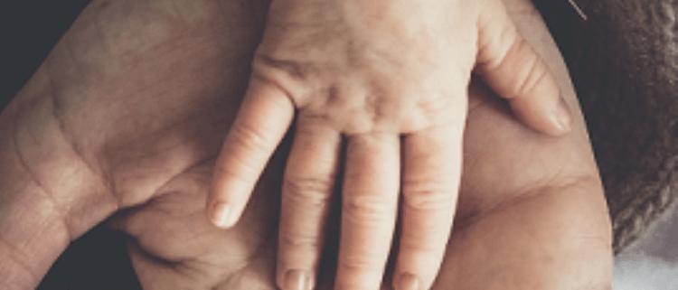 Seelsorgetagung kleine Hand in großer Hand