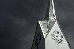 Kirchturm einer Kirche