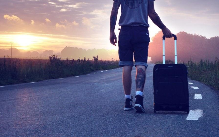 Reisender unterwegs